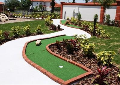 Club House 9 Hole Mini Golf